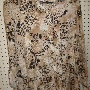 NWT White Stag Animal Print Long Sleeve Shirt